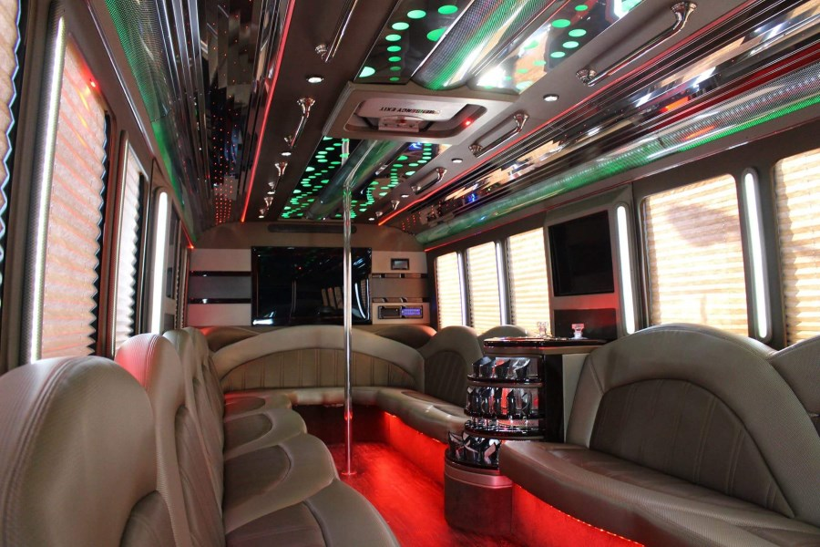 Providence Rhode Island Limo Service 24 passengers