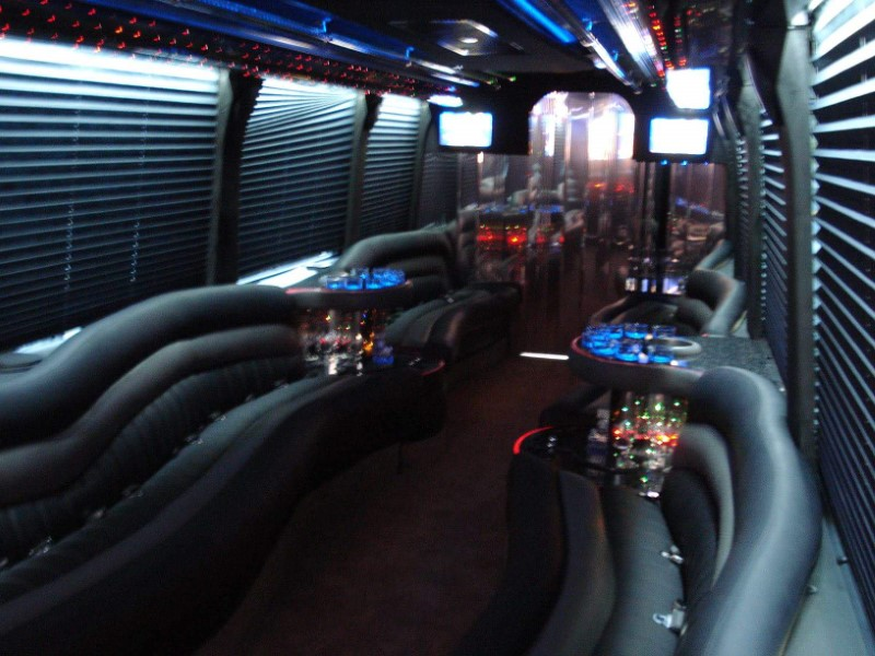 Providence Rhode Island Limo Service and Party Bus 28 passengers