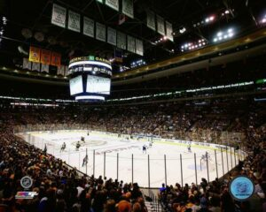 Providence Rhode Island Limousine Service to TD Garden Boston Bruins