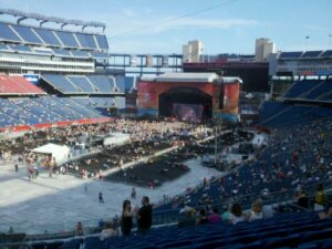 Providence Rhode Island Limousine Service to Gillette Stadium Concert